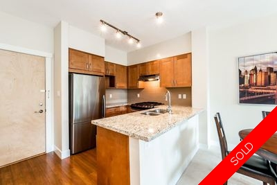 Lynn Valley Condo for sale:  2 bedroom 904 sq.ft. (Listed 2016-07-14)